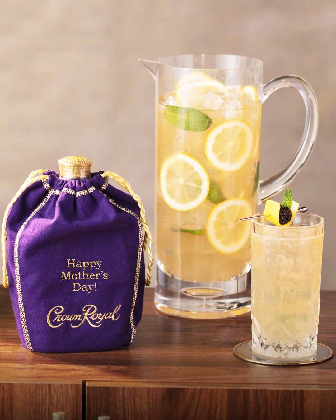 Crown Royal Crown Lemonade Whisky Cocktail